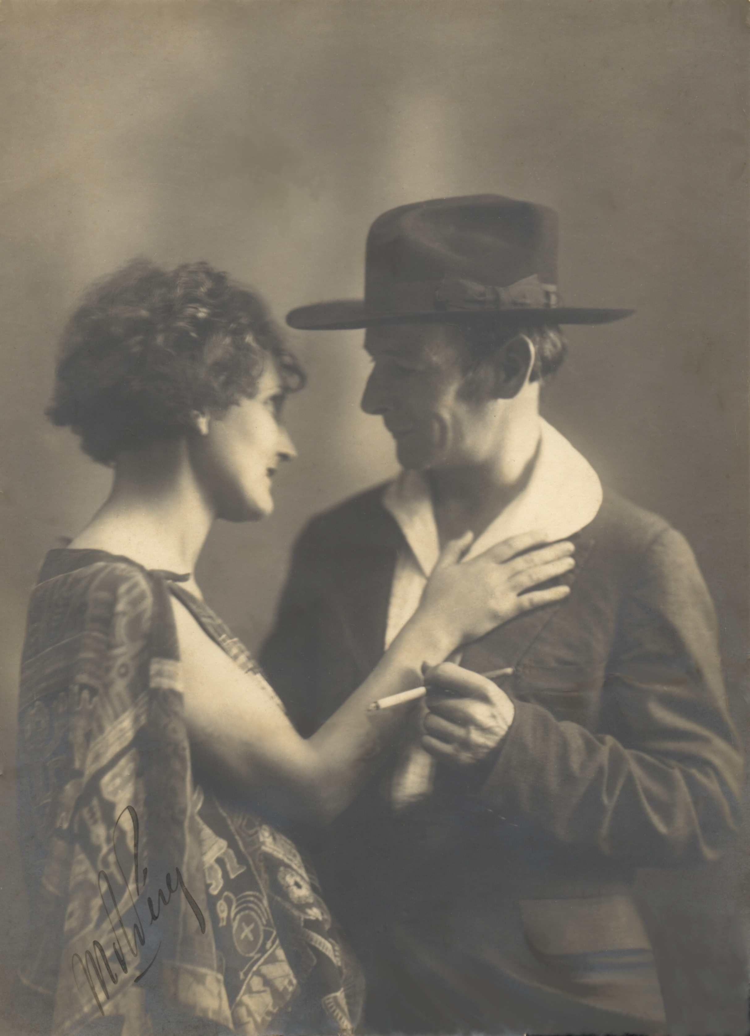 Josefina Plá y Julián de la Herrería. Fotografía: cortesía de Miguel Ángel Fernández.