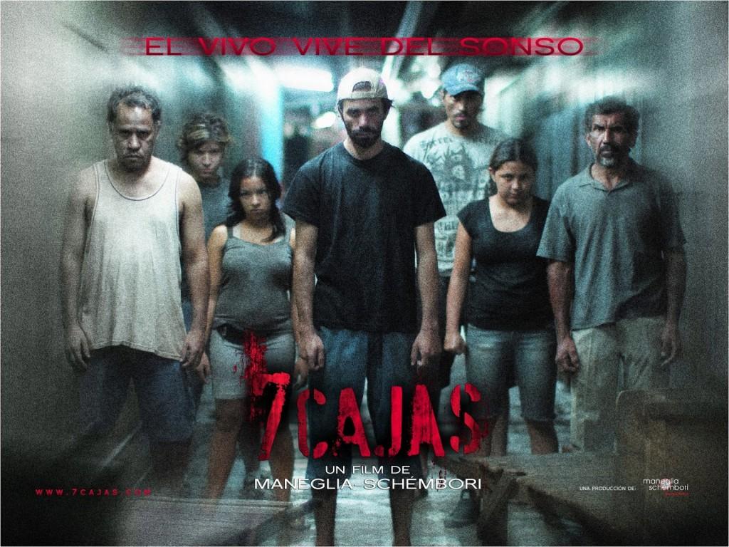 En la película, «todos los personajes masculinos que hacen negocios en el Mercado 4 tienen un comportamiento criminal, que va desde el hurto y el contrabando, hasta el secuestro y el homicidio.»